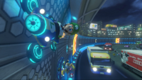 MK8 Screenshot Toads Autobahn.png
